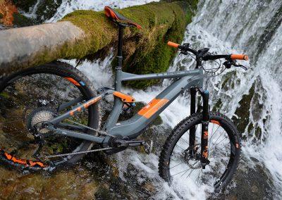 ebikemerindades bici naranja cascada